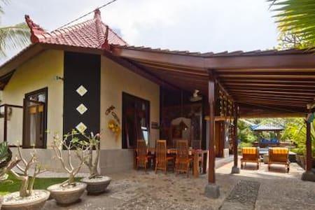 Villa Murni - Lovina Beach Bali - Buleleng - Villa