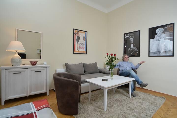 Comfy 2 Bedroom Apartment - City Center - Praga - Apartamento