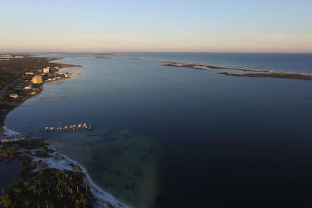 Gorgeous intracoastal and gulf view condo! - Pensacola - Appartement en résidence