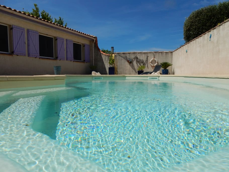 Les vacances tranquilles houses for rent in m ze for Piscine intermarche