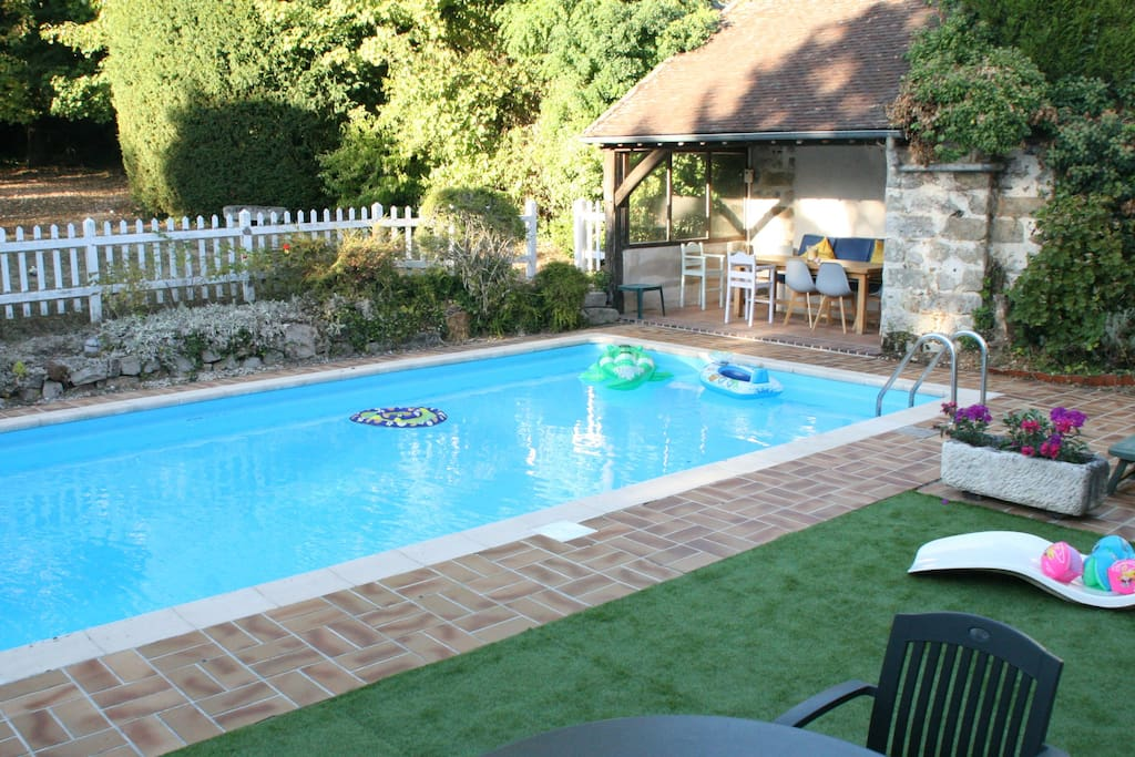 piscine & pool house, le soir