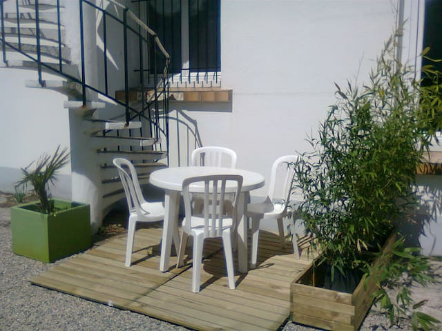 Nice 1 bedroom flat by the sea, 4 P - Château-d'Olonne - Daire