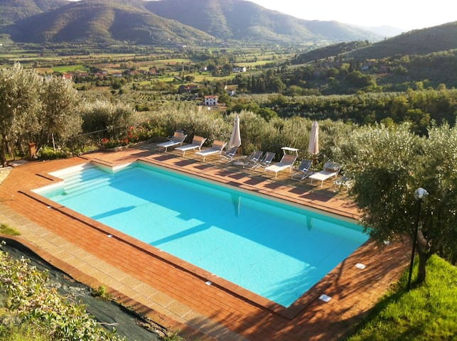 Tuscany amazing spacious family home, private pool - Santa Margherita - Apartment