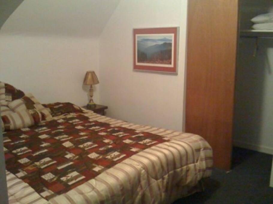 2 bedroom near Oakland VA PITT UPMC