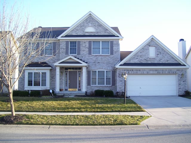Great House for Family Gatherings - Fishers - Casa