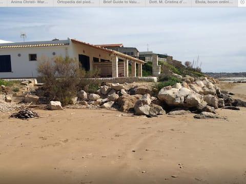 Casa Caraibi in Sicilia, sul mare