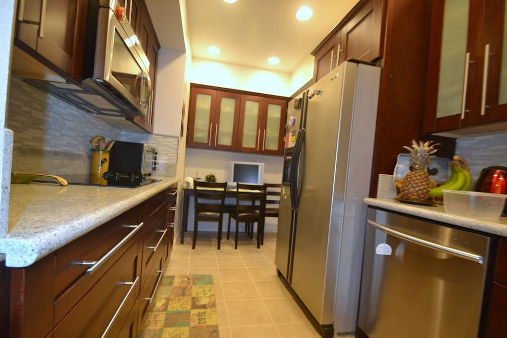 Fully remodeled kitchen with top-notch features and appliances