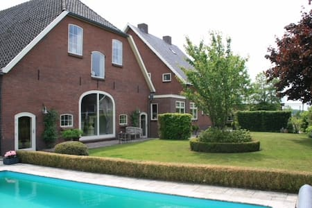 Farmhouse loft with pool