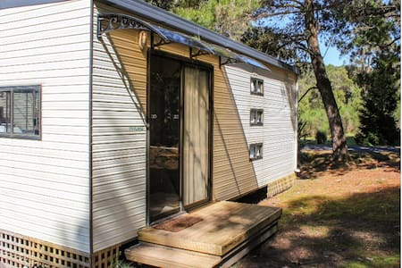 Zeehan Bush Camp - Self Contained Cabin