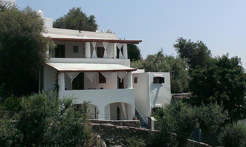 Appartamentino casa vacanza - Panarea - อพาร์ทเมนท์