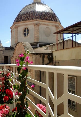 """""""St. Michael Guest-Houses"""" of Fabios & Dany"""