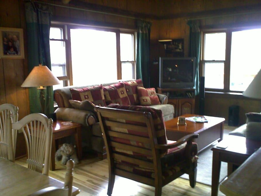 Cozy great room! Great for family gatherings or a romantic night for two!