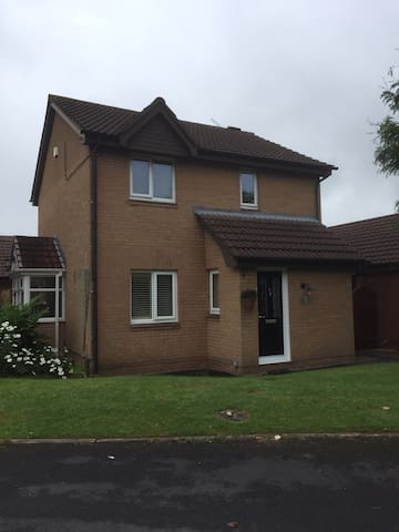 House in Cheshire near Cheshire Oaks and Chester