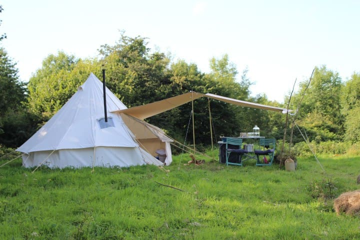 Glamping in a Bell Tent near the mountains and sea
