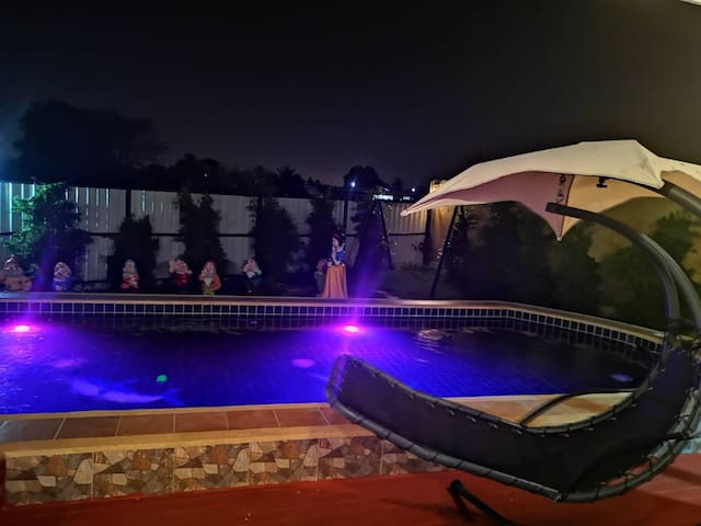 Pool villa private party 3 ห้องนอน