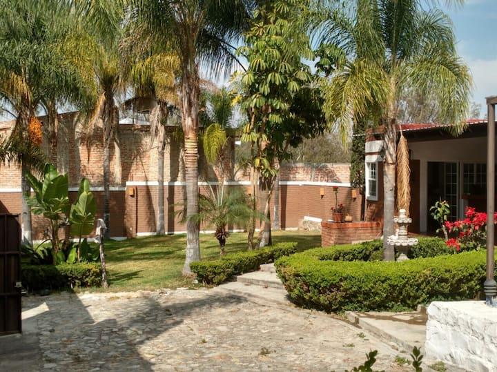 Terraza jardín cerca de Chapala y ajijic