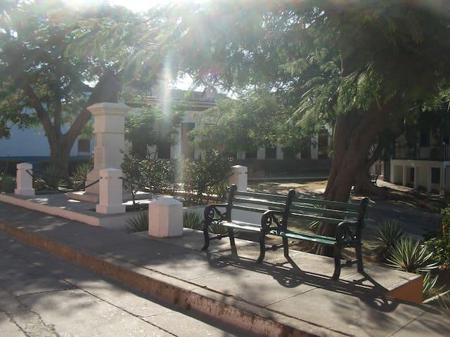 Hostal Malaika, Visitas Historicas - Recreativas