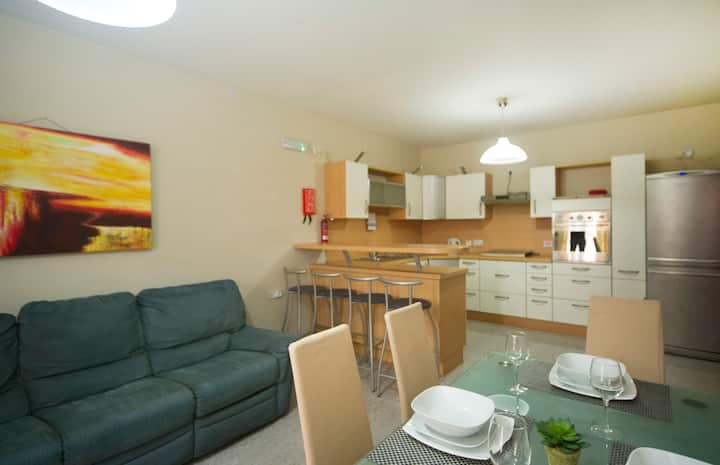 Centrally Located St Julians Apartment