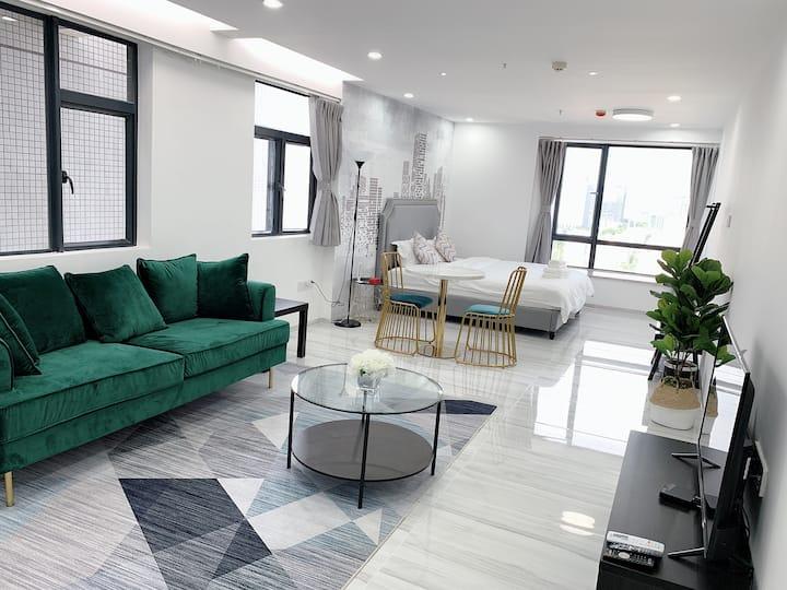 全新北欧风格64平方米公寓 利和广场楼下 位置超级好 语音控制电器