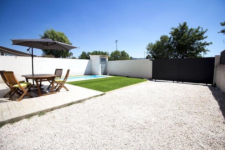 Jolie Maison avec piscine à 10min d'Aix enProvence