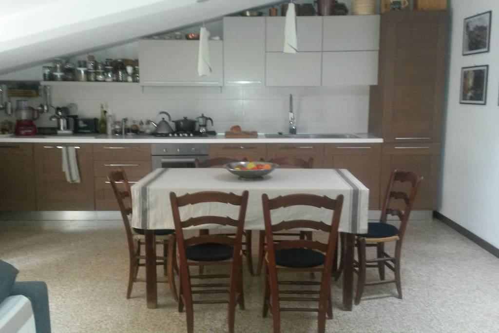 New designer kitchen fully equipped