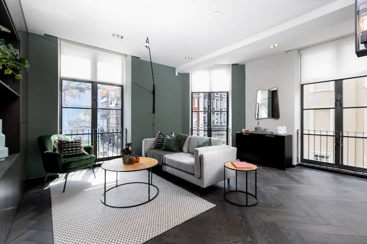 Elegant apartment, Berwick Street II by LOVELYDAYS