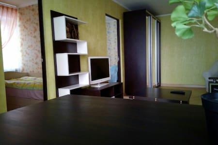 4-х ком. уютная квартира с отличным ремонтом - Pyatigorsk - Apartemen