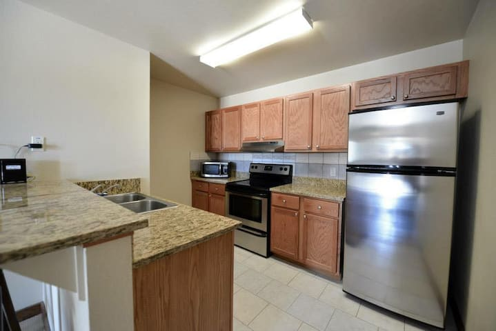 Three Rivers Texas, Furnished Apartment - Three Rivers - Apartamento