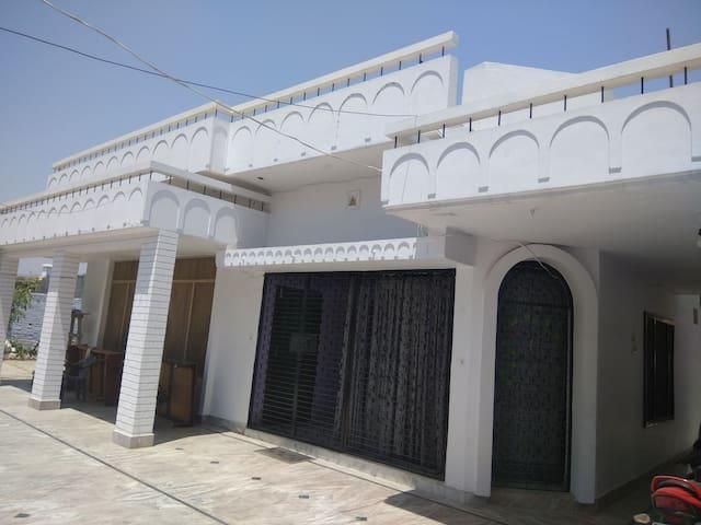 Kailash kunj