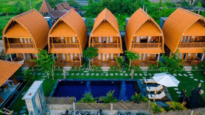 D'Jineng Bungalows - Poolside Suite #1