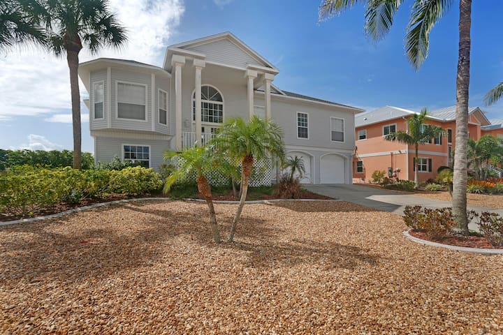 Fort Myers Beach Waterfront Home