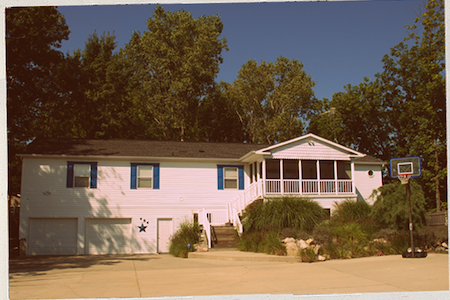 5 BR South Haven Beach Cottage - South Haven - House