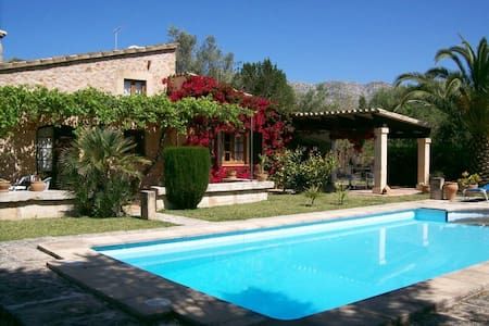 Beautiful small villa in Pollensa - ポレンサ - 別荘