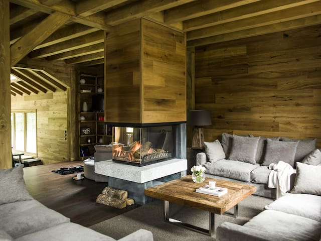 Chalet Cheserys, luxurious with jacuzzi and Sauna