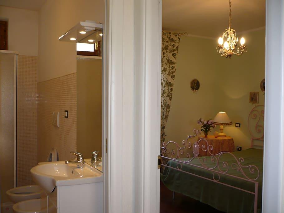 Camera con vista bagno Provenzale