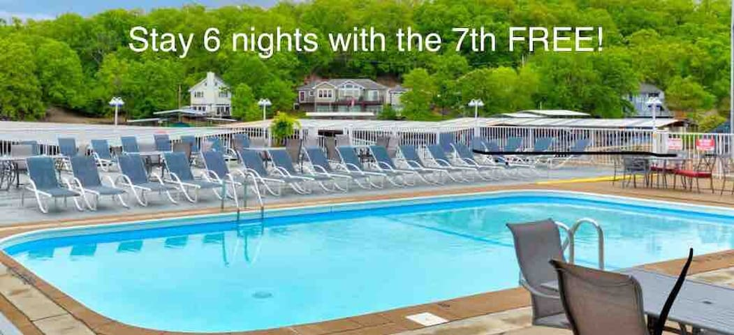 Water front*Step free*Pool*WiFi*Cable-Slip add'l