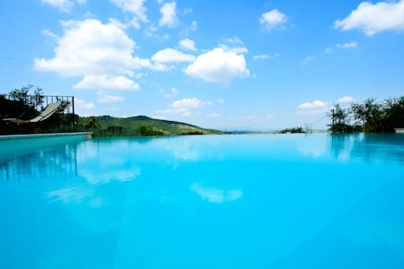 Brunello, the Italian Villa & pool - Paciano - Villa