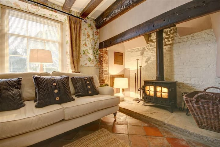 Delightful Grade II Listed Cottage - Holt - Casa