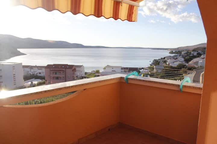 One bedroom apartment with terrace and sea view Metajna, Pag (A-18237-a)