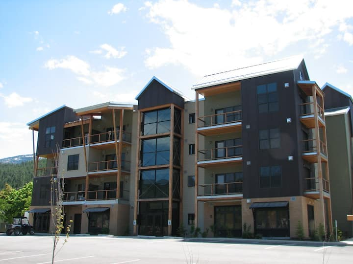 Luxury Studio Condo at Silver Mtn w/ Full Kitchen