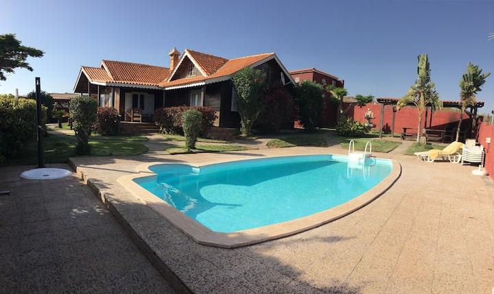 Villa Casa Inmaculada con piscina