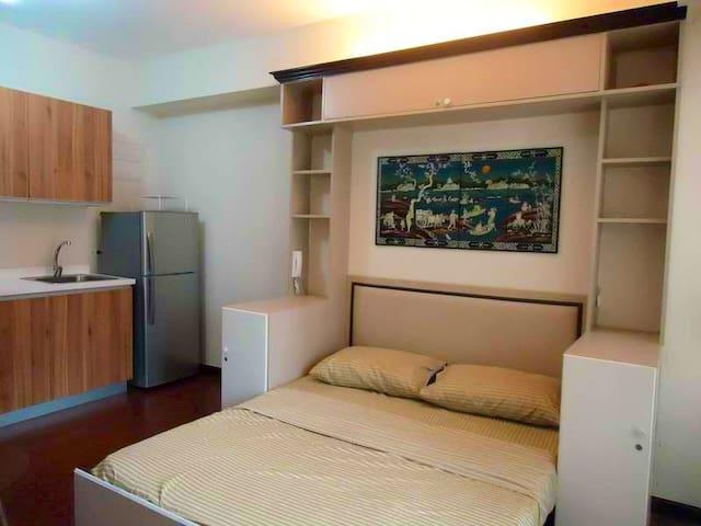 Grand SoHo Suite, Heart of Makati - Makati City - Apartment