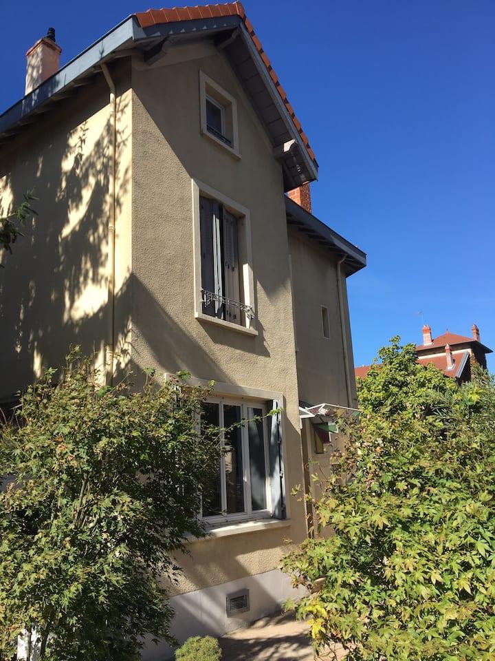Maison avec jardin- Lyon 3 - quartier Montchat