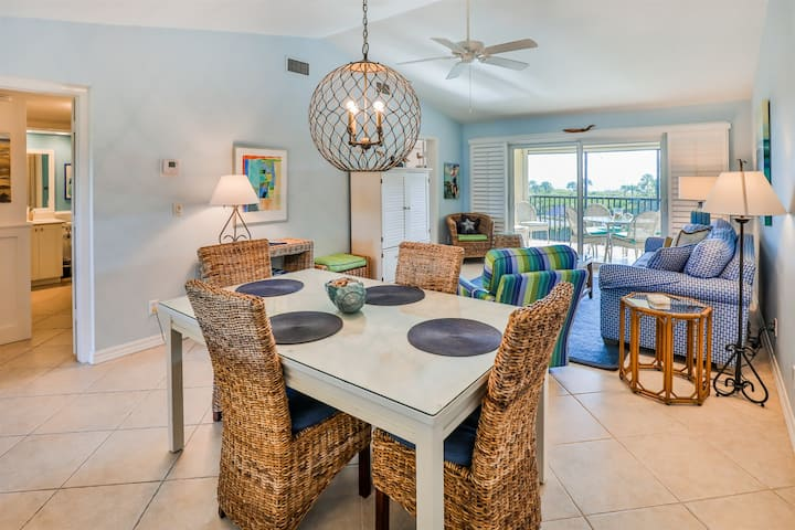 SANDPIPER BEACH 505- LOVELY 2BD/2B WALK UP CONDO IN A SECLUDED AREA ON SANIBEL!