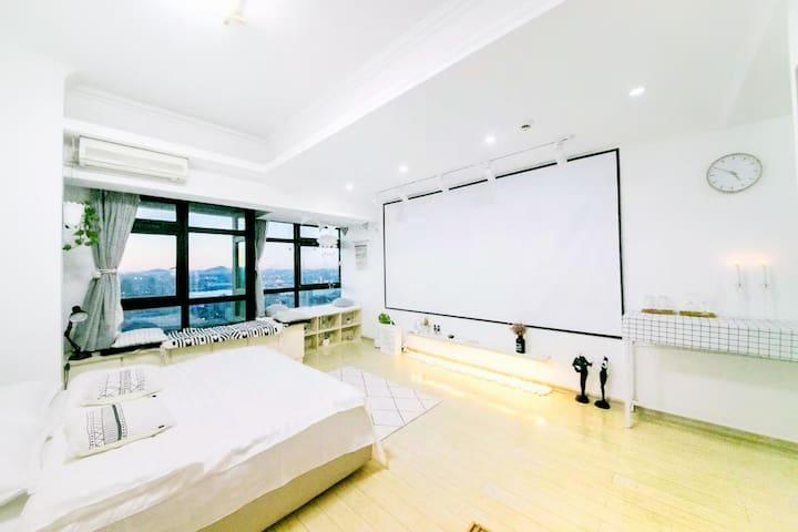 『SHEN'S HOUSE | 云栖』城市中心中山广场 |纯白ins简约风高层公寓式海景民宿