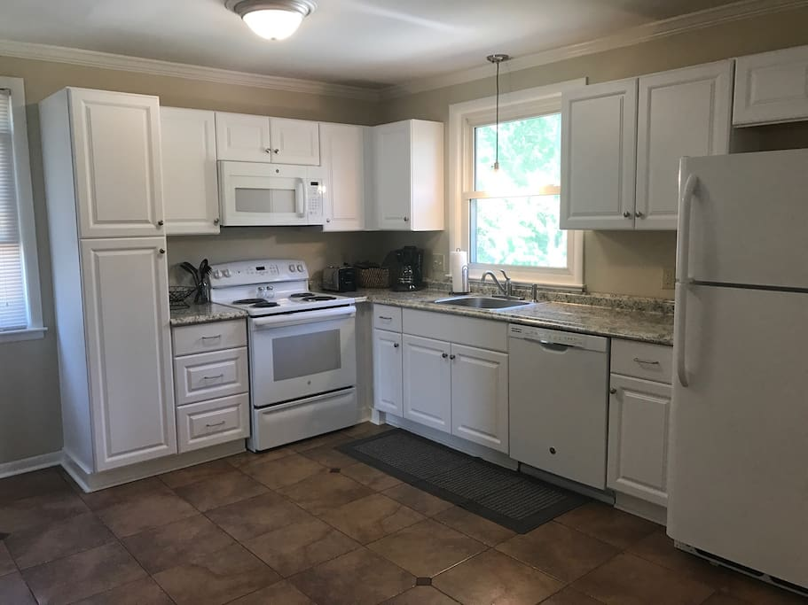 Fully stocked, remodeled kitchen