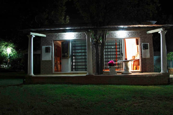 Bed & Breakfast - Midrand - Pousada
