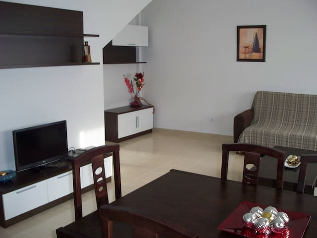 Apartamento Gredos B, en Navaluenga, hasta 8 pax - Navaluenga - Wohnung