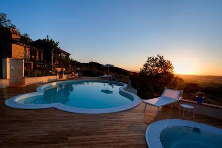 Casale Campodalto   Pool & Jacuzzi - Paciano - Villa