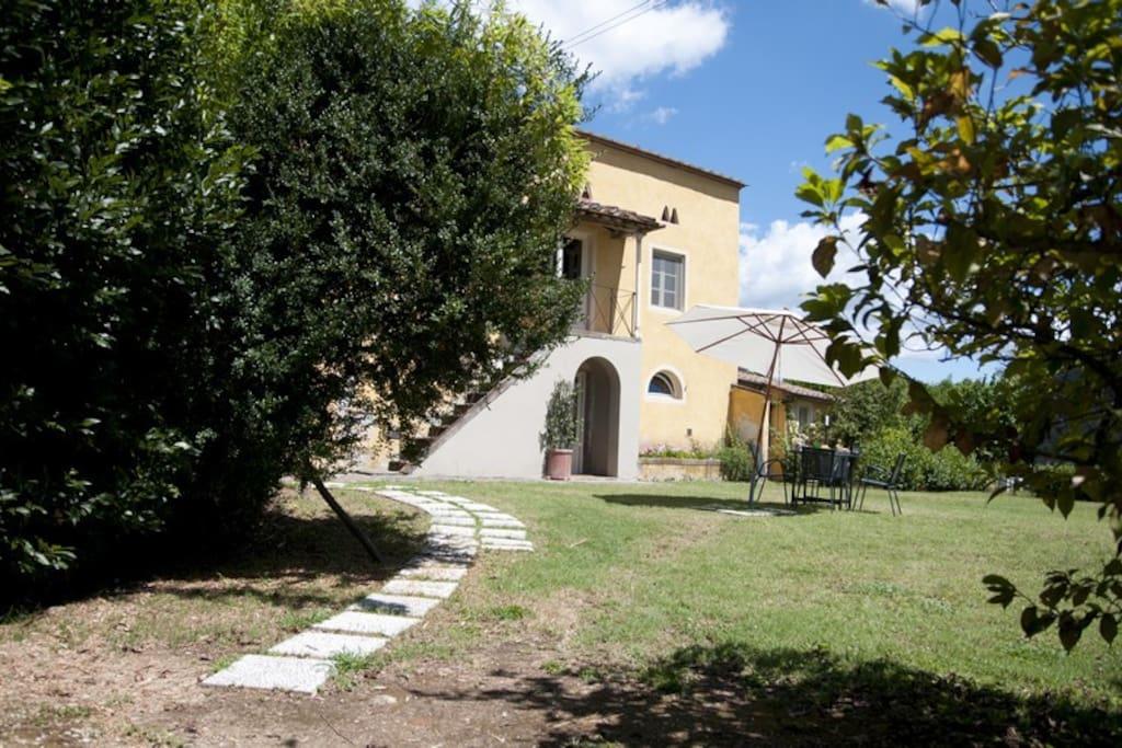 Camelia - Independent Villa